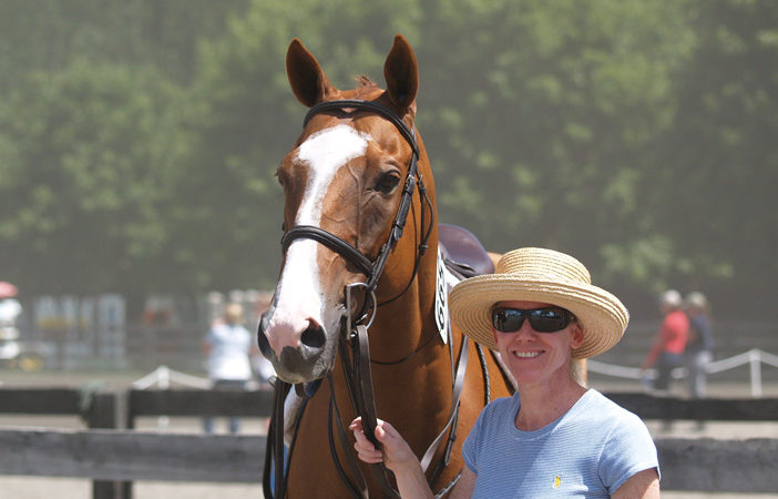 Chronicle of the Horse: Diane DeCastro Spends Her Evenings With An OTTB, Not A TV